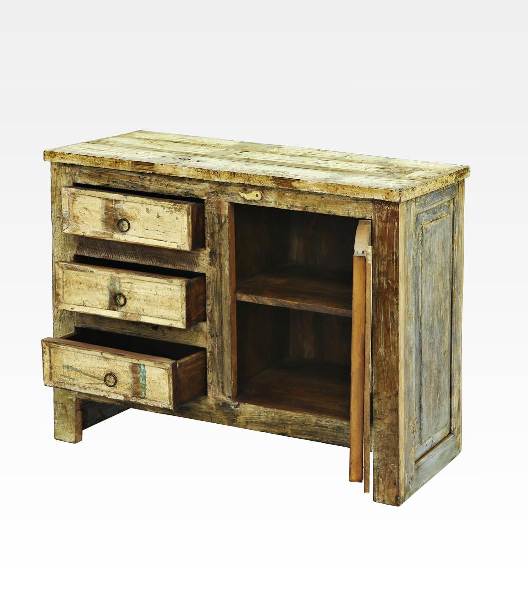Simple mobiletto indiano decapato con cassetti in legno di - Come invecchiare un mobile ...
