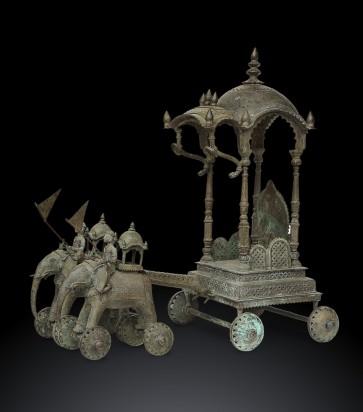 Scultura indiana con decorazioni Jali in bronzo