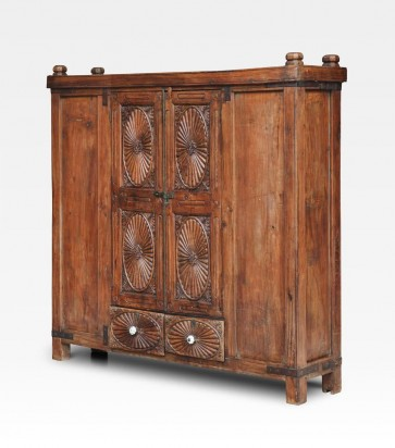 Credenza indiana in stile coloniale