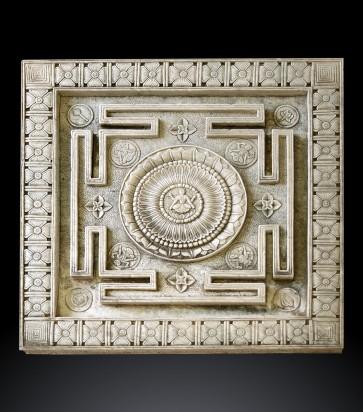 Antica fontana Jain raffigurante uno Yantra