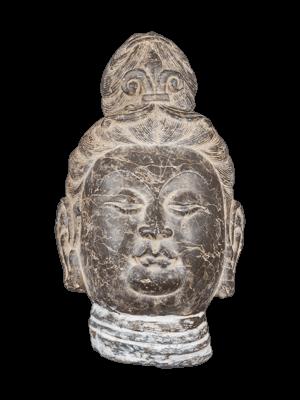 Testa del Buddha di epoca Tang